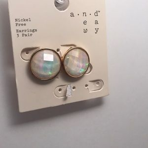 Jewelry - Moonstone Earrings